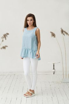 This ultra feminine pure linen top in light blue colour will make an effortless addition to your wardrobe. Linen is not only breathable, natural, dries fast, but is also extremely durable, letting you enjoy the linen clothes for a long years. Features: - sleeveless - asymmetrical cut (longer back than front) - relaxed loose fit - - - - - - - - - - - - - - - - - - - - - - - SIZES (Please check the size chart with recommended body measurements that is listed with a photos): XS - EU34 - US ...