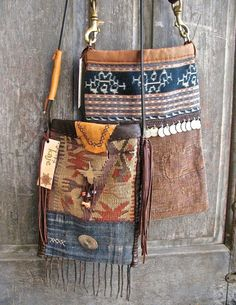 Bags & Handbag Trends : I'm not a south-west outfit person but these are nice size and the decorati Hippie Chic, Hippie Style, Ethnic Style, Boho Chic, My Bags, Purses And Bags, Medicine Bag, Boho Bags, Denim Bag