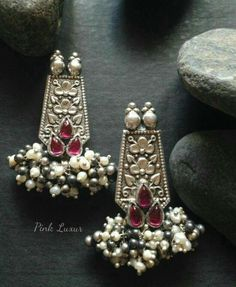 Types of Indian Jewelry Designs – Fashion Asia Indian Jewelry Earrings, Silver Jewellery Indian, Indian Wedding Jewelry, India Jewelry, Tribal Jewelry, Metal Jewelry, Antique Jewelry, Silver Jewelry, Silver Ring