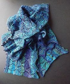 This gorgeous Lengthwise Knit Lace Scarf lives up to its name - you knit it lengthwise instead of widthwise! By doing using this method, you'll be able to bring out beautiful, thick stripes.