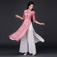 New collection 😘 😍 😘 ➖ ➖ ➖ ➖ ➖ ➖ ➖ ➖ For more like this. Boho Fashion Over 40, Modest Fashion, Fashion Dresses, Fashion Fashion, Kurta Designs, Ao Dai, Cheongsam Dress, Pantalon Large, Muslim Dress