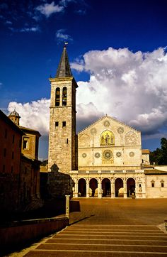 Duomo, Spoleto, Umbria, Italy.