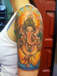 Good proto-type for future Ganesh tattoo Trendy Tattoos, Cute Tattoos, New Tattoos, Body Art Tattoos, Sleeve Tattoos, Awesome Tattoos, Tattoo Art, Ganesha, Cliche Tattoo
