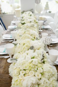 Beautiful White Floral Table Runner Design Decor Idea