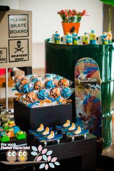 DC Skateboard Cake | Skater + Skate Park Party Full of Fabulous Ideas via Kara's Party ...