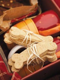 Biscuits pour chiens Recettes | Ricardo remplacer la semoule de maïs par le germe de blé