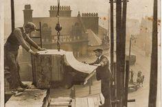 Stonemasons building Lime Street station