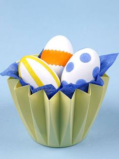 13 festive, fun + easy Easter craft projects, from lacy napkins to decoupaged eggs!