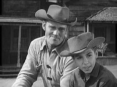 THE RIFLEMAN TV SHOW (1958-1963) I thought Mark was so cute !