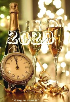 120 DIY New Years Eve Party Decorations thatll Earn you Brownie Points - Hike n Dip Happy New Year Fireworks, Happy New Year Gif, Happy New Year Message, Happy New Year Images, Merry Christmas And Happy New Year, New Years Eve Quotes, New Years Eve Day, Happy New Years Eve, New Year 2020