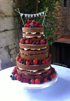Wedding Cake - Naked Victoria << By Cirencester Cupcakes