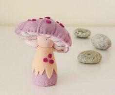 Waldorf Mushroom Doll / Rosepe von shroompers