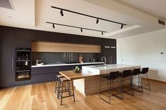 High Street Project by R.Z.Owens Constructions #rzowens #melbourne #kitchen #interior #interiors #interiordesign #design #architecture