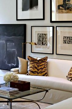 Love this clean, quiet look using only white, black and tan - Robert Brown | Atlanta Decorators Showhouse