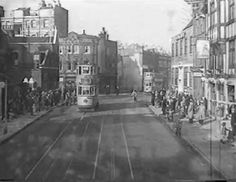 An Old Photo of Old Jamaica Road by the Lilliput Hall Pub Bermondsey South East London England Bermondsey London, Bermondsey Street, London Pictures, London Photos, Vintage London, Old London, Old Jamaica, Elephant And Castle, London History
