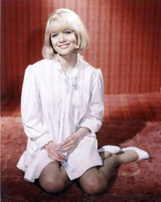Judy Geeson Judy Geeson, English Actresses, View Image, Free Pictures, Movie Stars, Pin Up, Nostalgia, Actors, Female