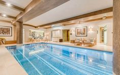 Luxury Ski Chalet, Shemshak Lodge, Courchevel 1850, France - http://www.firefly-collection.com/properties/show/28/shemshak-lodge/luxury-ski-chalet/courchevel-1850/france
