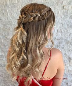 Beautiful Braids and Curls for Long Hair Looks in Year 2019 Long Thin Hair, Curls For Long Hair, Long Hair Cuts, Braids For Thin Hair, Messy Wavy Hair, Braided Prom Hair, Curled Prom Hair, Hair Length Chart, Homecoming Hairstyles