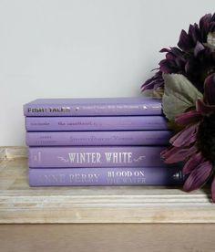 Violet Aesthetic, Lavender Aesthetic, Aesthetic Colors, Book Aesthetic, Aesthetic Pictures, Purple Love, Pastel Purple, Purple Rain, Shades Of Purple