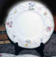 Made In Japan Mikasa Iron Stone 3304 Sunny Collectible Coupe Dinner Plate