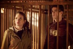 THE FLASH SEASON 3 EPISODE 13 WATCH ONLINE AND DOWNLOAD THE FLASH SEASON 3 EP13 Attack on Gorilla City.You can Enjoy The Flash s03 e13 online for Series Fan
