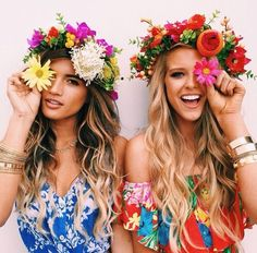 Image via We Heart It https://weheartit.com/entry/166211433/via/2659899 #amazing #bestfriend #bestfriends #besties #blonde #blondie #brunette #cute #everything #flower #flowers #forever #girl #girls #gorgeous #hair #hairstyle #happines #happy #inlove #longhair #love #lovers #march #pretty #romantic #smile #summer #tan #white