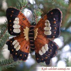 бабочка на елку