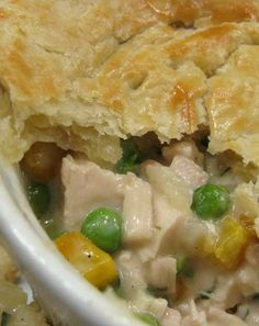 Recipe for Crock Pot Chicken Pot Pie - This is a super easy recipe that only takes a few extra minutes to finish before it's ready to serve.