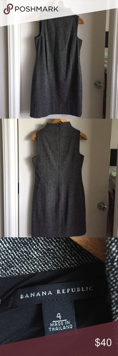 """Banana Republic dress Measures 37"""" from neck. Dress is in excellent condition Banana Republic Dresses"""