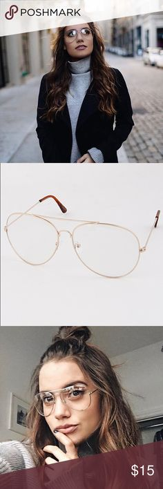 Clear gold framed grandpa reading glasses Brand new// gold framed glasses // there is prescription//Also sold at Breathofyouth.com Brandy Melville Accessories Glasses