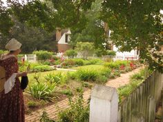 Love strolling through all the beautiful gardens in Colonial Williamsburg.