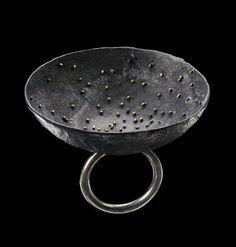 Gigi Mariani - Imagine - ring - silver, yellow gold 18kt - granulation - niello - 2011