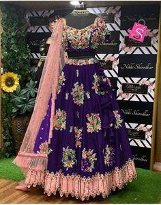 Pakistani Party Wear, Party Wear Lehenga, Party Wear Dresses, Wedding Dresses, Lehenga Blouse, Silk Lehenga, Ghagra Choli, Saree Gown, Silk Dupatta