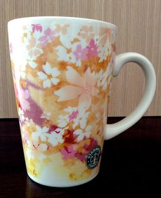 Starbucks  Japan 2006 retired logo sakura mug 390ml. .