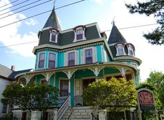 The Merry Widow 42 Jackson Street, Cape May, NJ. One of Cape May's most historic & distinctive Victorian Victorian Buildings, Victorian Architecture, Old Buildings, Victorian Houses, Architecture Design, Abandoned Houses, Old Houses, Beautiful Buildings, Beautiful Homes