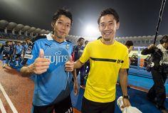 BVB-Spieler bedanken sich bei den Fans in Kawasaki.