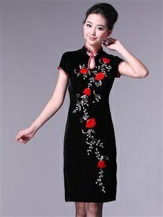 Women's Velvet Polyester Black Knee-length Applique Evening Cheongsam Dress