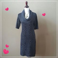 """🎉❤️HP❤️🎉 Express Design Studio Dress Preloved in great condition. Stretchy fabric Length: 38 1/2"""" Bust:  36 Waist: 32 Hips:   38 Express Design Studio Dresses"""