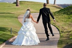 Colleen and Brett-previews |Aptera Studios-7 #weddingphotos #thecrossingscountryclub #romance #lovelove #wedding #bride #groom #truelove