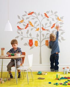 DIY Birds of a Feather Family Tree Learn more about your family history by making a family tree to share with your relatives using our easy ideas.     Remake the traditional family tree with a fresh and friendly graphic update. Use our tree template to transfer the tree onto a bedroom or playroom wall, and paint. Then use the bird templates to depict grandparents and successive generations.