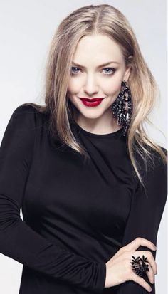 Amanda Seyfried Discusses Being Givenchy's New Muse!: Photo Amanda Seyfried looks gorgeous on the cover of Glow magazine's May 2014 issue, on newsstands now. Amanda Seyfried, Pretty People, Beautiful People, Givenchy, Foto Gif, Actrices Hollywood, Cara Delevingne, Girl Crushes, Celebrity Style