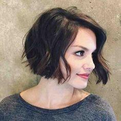coupe au carré courte, cheveux décoiffés