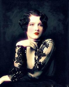 Jean Ackerman of the Ziegfield Follies, 1927 - this is the hair I've always wanted. !!!!