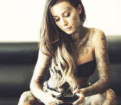 Tattoo model Rachel EatsOreos