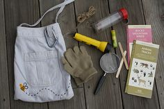 Field bag for little explorers...I think I have something similar to this already, but I love it.