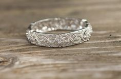 """The most gorgeous wedding band I've ever seen   I would like to meet my """"JOSEPH"""" and be happily married.  Please, Pray and help!!!   Thanks!!!!!!"""