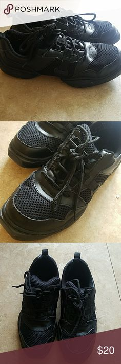 Black dance sneakers Leather and mesh dance sneaker. Flexible sole. Hardly worn. trimfoot Shoes Sneakers