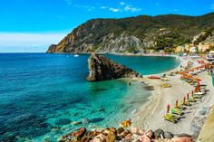 A detailed breakdown of where to stay in Cinque Terre by village and price range. We help you choose the best Cinque Terre hotel for your trip! Best Beaches In Europe, Beaches In The World, Pisa Italia, Empire State Building, Budapest, Taj Mahal, Cinque Terre Italy, Philippines Travel, Beach Holiday