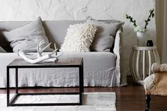 Modern Living Room Sofa Lounge and Couch Interior Design Inspiration, Room Inspiration, Home Furniture, Furniture Design, Furniture Covers, Sofa Couch, Sofa Slipcovers, Linen Couch, Interior Wallpaper