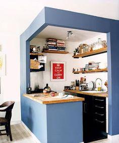 ¡Os prometo que en este post sólo vamos a encontrar fotos de cocinas pequeñas!
